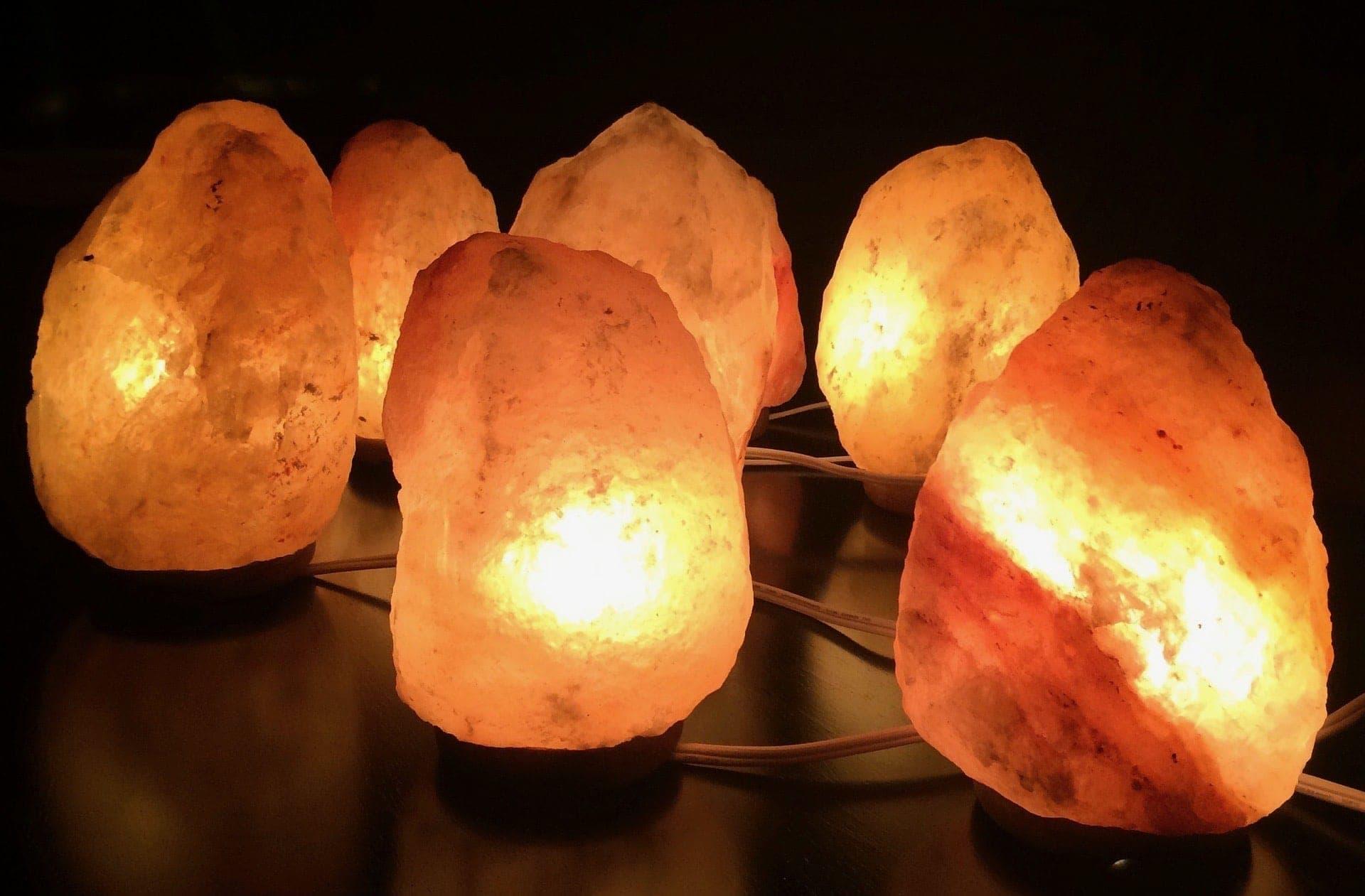 salt-lamps-himalayan-2317058_1920.jpeg