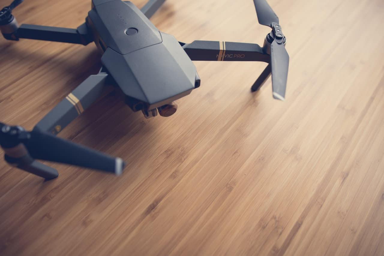 cameralah camera-drone-mavic-pro-1601217.jpg