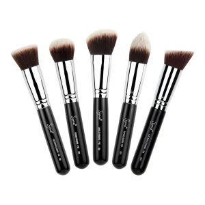 Kabuki makeup brush set