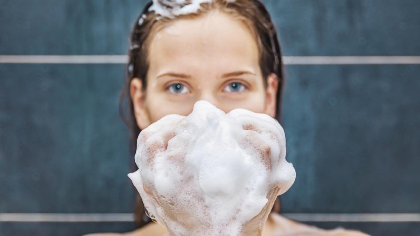 10 Sabun Mandi Susu Kambing Terlaris Untuk Mencerahkan & Melembabkan Kulit!