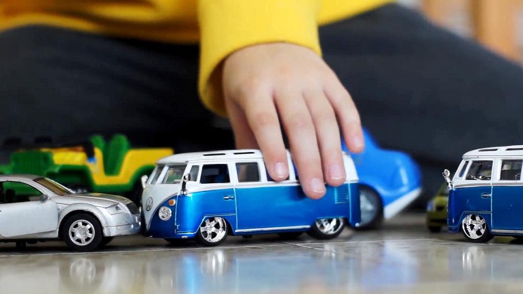 10 Mobil Mainan Anak Terbaru Yang Bagus Di Indonesia 2021