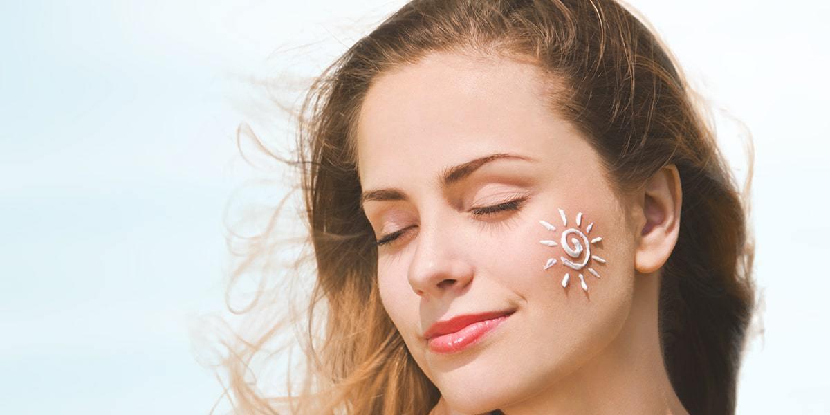 10 sunblock sunscreen yang bagus untuk kulit kering di indonesia agar jaga wajahmu tidak kusam